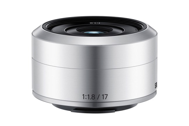 Samsung 17mm F1.8 Lens for NX mini 04