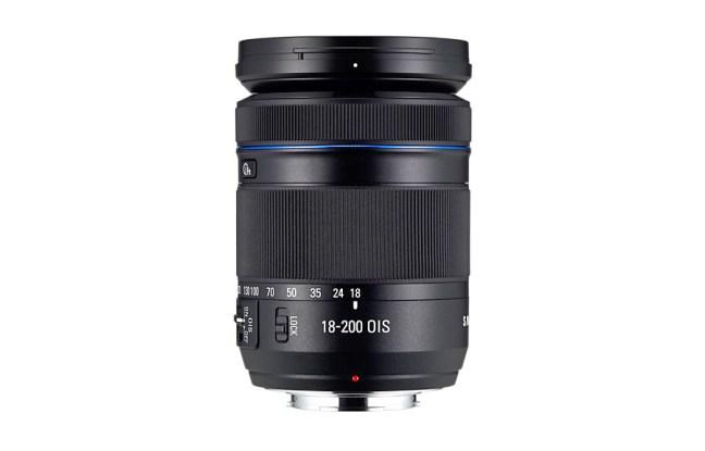 Samsung 18-200mm F3.5-6.3 ED OIS Lens 07
