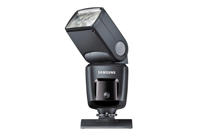 Samsung SEF580A Flash 03