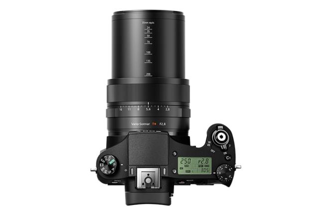 Sony Cyber-shot RX10 II 08