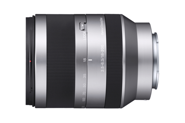 Sony E 18-200mm F3.5-6.3 OSS ( SEL18200 ) 01