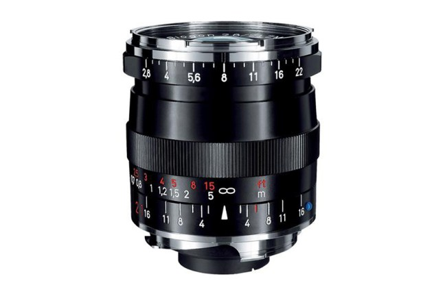Zeiss Biogon T* 21mm f2.8 ZM Lens 01