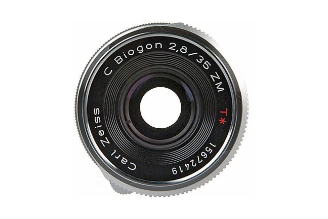 Zeiss C Biogon T* 35mm f2.8 ZM Lens 03