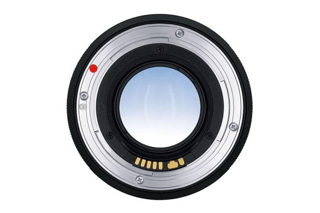 Zeiss Distagon T* 35mm f1.4 Lens 03