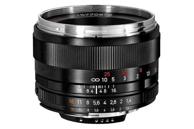 Zeiss Planar T* 50mm f1.4 Lens 02