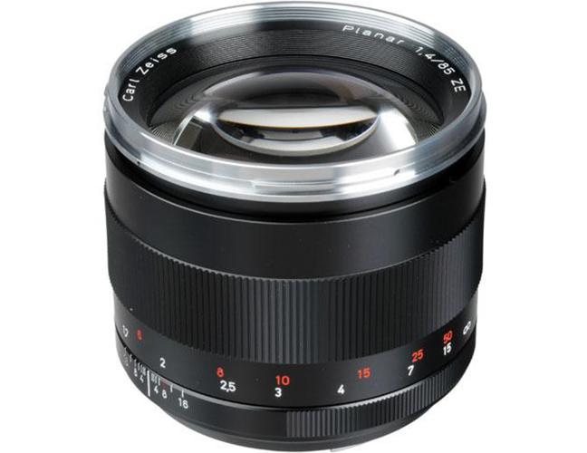 Zeiss Planar T* 85mm f1.4 Lens 01