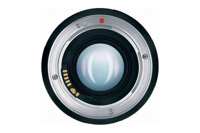 Zeiss Planar T* 85mm f1.4 Lens 07