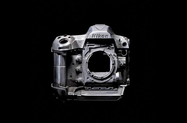 Nikon D5 body construction 02
