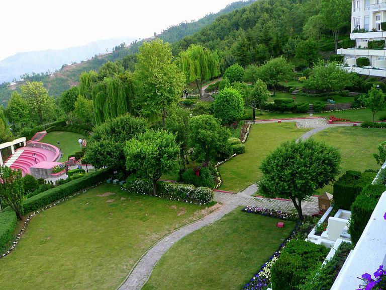 Bhuran-Murree-What-a-view