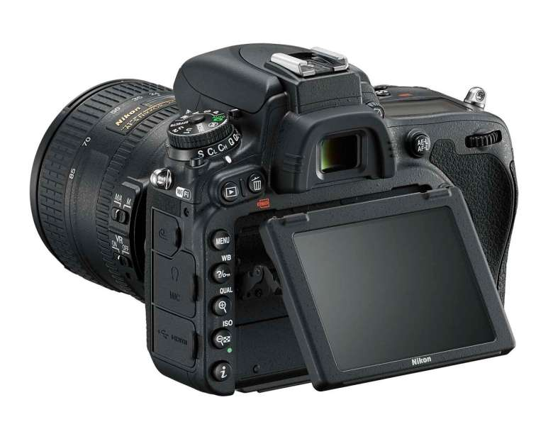 The D750 LCD pivots on the vertical axis to make it easy to compose from high or low