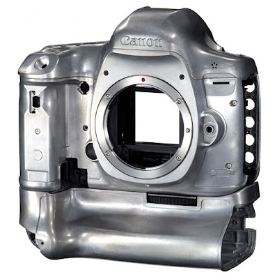 Canon_EOS_5D_Mark_III_body