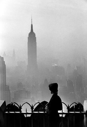 elliott-erwitt-new-york-city-1955-1358367974_b