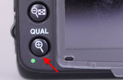 D7000-camera-back-location-of-second-reset-button