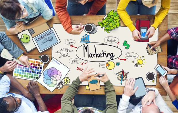 DSM - digital marketing and traditional marketing