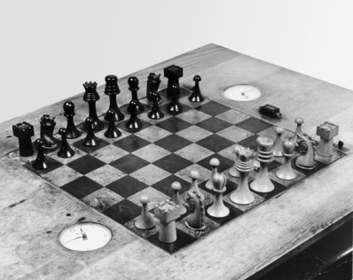 duchamp_ba_chess_set_proa