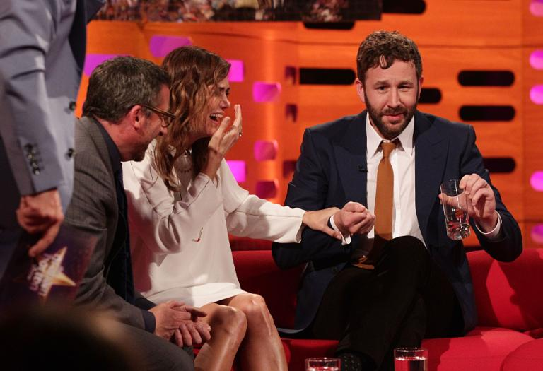 https://i1.wp.com/digitalspyuk.cdnds.net/13/25/768x525/gallery_uktv-graham-norton-show-chris-odowd-fly-in-drink-1.jpg?w=780