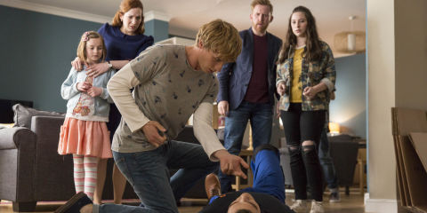 Odi and the Hawkins family from 'Humans' s02e04