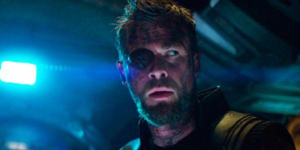 Avengers: Infinity War - Thor's new hammer Stormbreaker ...