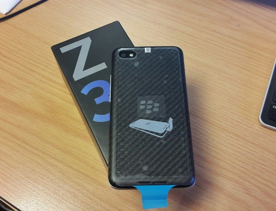 Blackberry Z30 brings more than just sexy back, works with