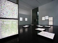"""Kunstraum im Deutschen Bundestag, Ausstellung """"Francois Morellet figurativ / Gunda Förster konkret"""", 16.01.-05.05.2013"""