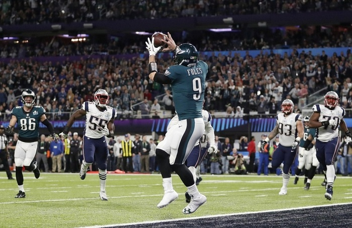 Super Bowl Produces New Challenges To Live TV