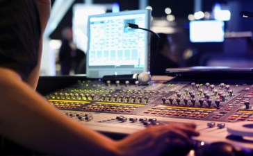 How Traditional Broadcasters Fare in the Age of Digital Media