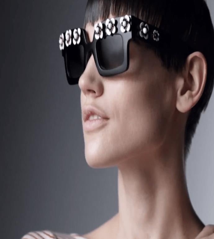 Nouvelle campagne signée Prada – Eyewear – Ten Women