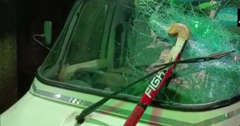 West Bengal: Bomb attack on devotees returning from Durga immersion