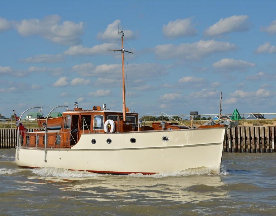 ais transponder - Digital Yacht News