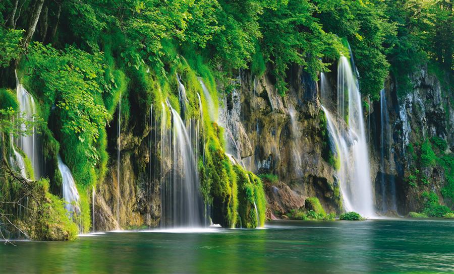 Plitvice – beautiful lakes at the very heart of Croatia!