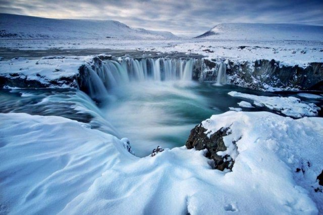 iceland colcanos Cleanest Countries in the world digitpatrox
