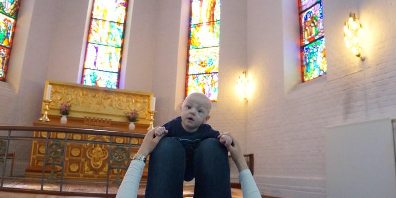 Babysalmesang er tid til fordybelse og nærvær i et helt særligt lys.