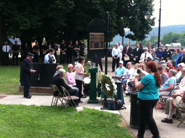 Remembering the dead in Binghamton (2/5)