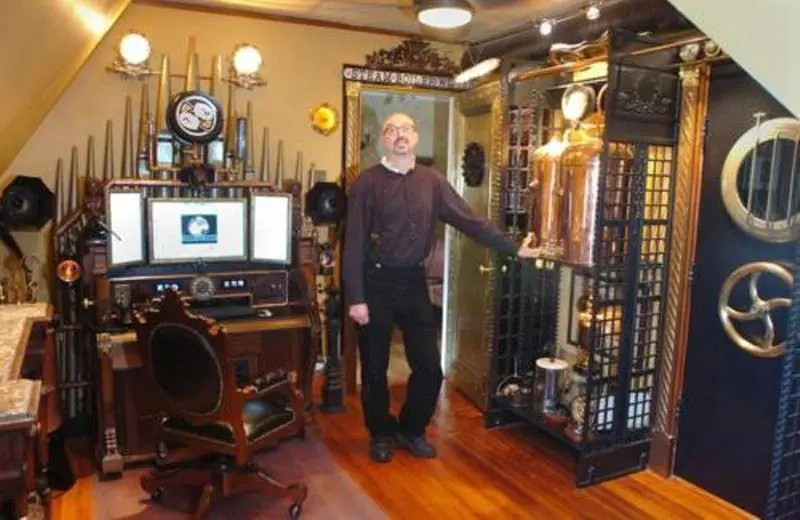28 Crazy Steampunk Home Office Designs