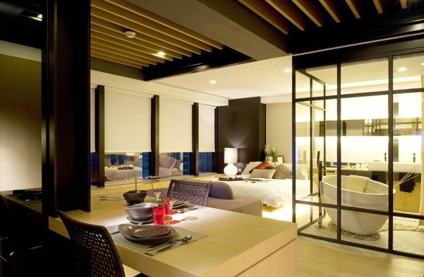 Luxury Hong Kong Apartment Design By Philip Liao