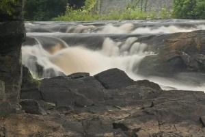 rushton-falls-willow-island-park