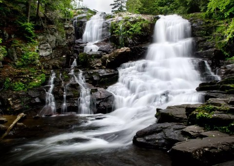 Shelving-Rock--Falls near Lake George