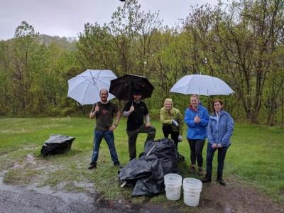 dig the falls team cleanup effort at mount ida falls