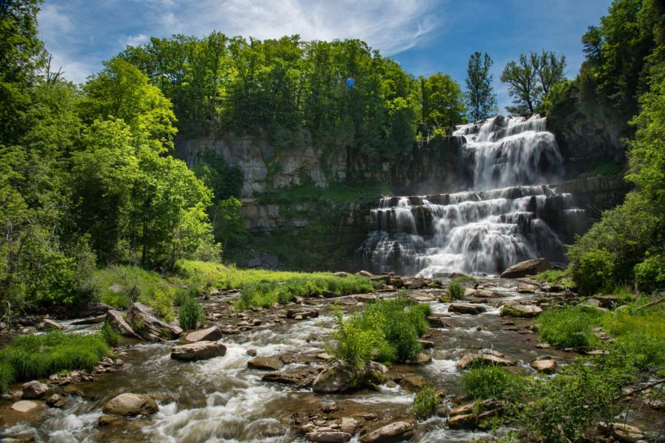 fa2e3cc35f7 Safety and Waterfalls - Tips for a Safe Hike | Dig The Falls