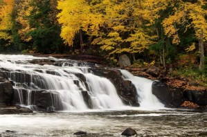 must-see Fall foliage waterfalls in the Adirondacks!