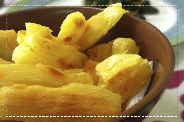 Mandioca frita no forno