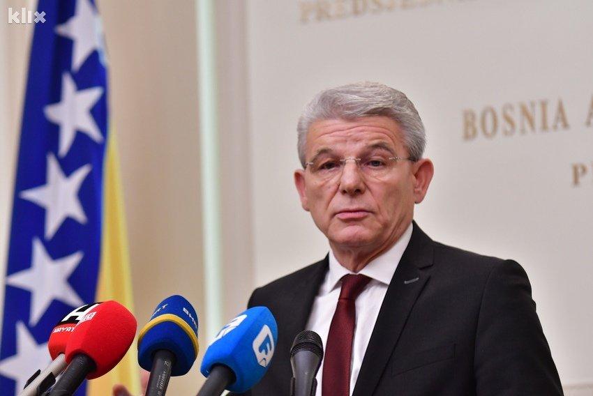 Džaferović nakon Dodikove provokacije: Povreda zastave je povreda države, na to neću pristati