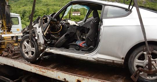 Policija uhapsila muškarca iz Tešnja zbog snimanja i nepružanja pomoći nakon nesreće!