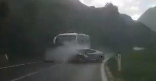 Pogledajte snimak stravične nesreće između Mostara i Jablanice