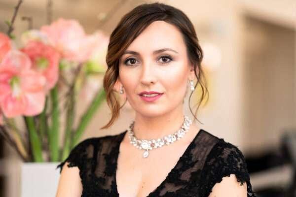 Dušica Bijelić, sopran koji živi stotine života