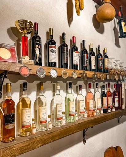 Asortiman vina i rakije