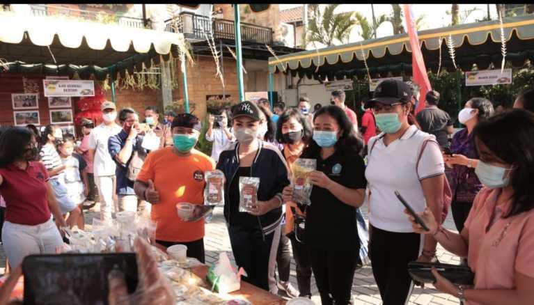 Gebyar Pasar Minggu Krisna Bali Jajakan Puluhan Produk UMKM