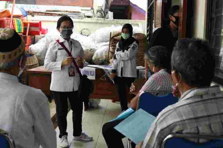 Dinsos DKI Jakarta Perbarui DTKS, Seleksi Kriteria Warga Tidak Layak Daftar