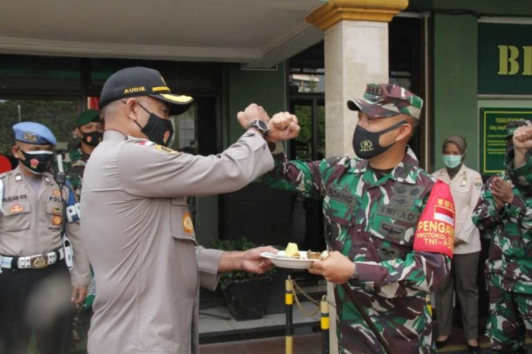 Kodim 0503 JB Dibuat Terperanjat Kedatangan Personel Polres Jakarta Barat, Ternyata Mau Ini
