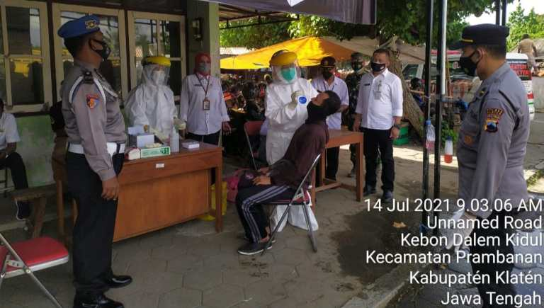 Pengunjung Pasar Hewan Prambanan Jalani Rapid Test, Mendeteksi Potensi Covid-19